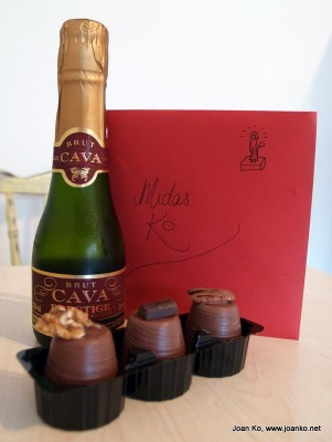 Champagne, chocolate and card